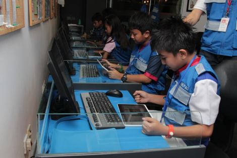 Young journalists at the Kompas Newspaper Edition in KidZania Jakarta