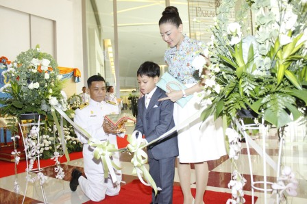 HRH Prince Dipangkorn Rasmijoti cutting the ribbon that marked the Official Grand Opening of KidZania Bangkok