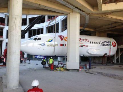 KZ IST - Airplane arrival