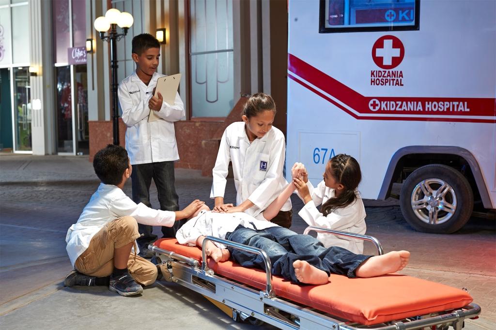 KZ Mumbai_Kids role-playing as Paramedics