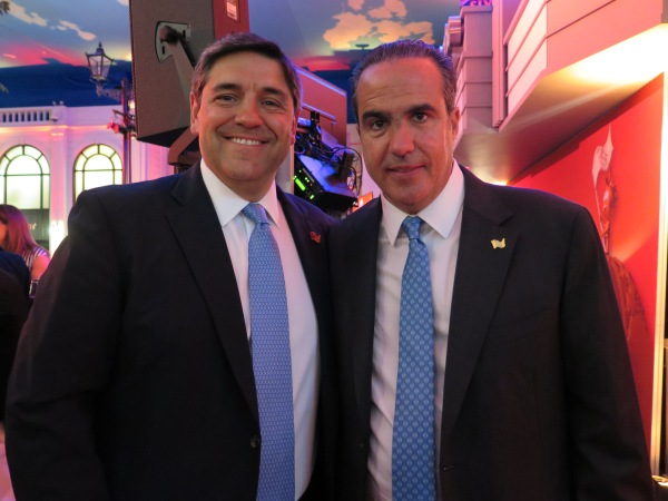 From left to right: Mr. Miguel Angel Luna and Mr. Xavier López Ancona